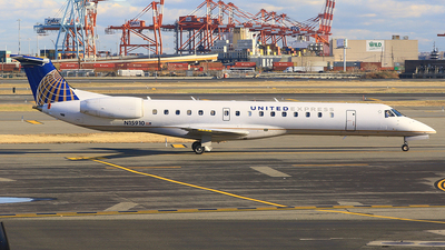N15910 - Embraer ERJ-145LR - United Express (ExpressJet Airlines)