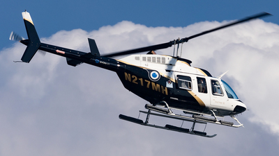 A picture of N217MH - Bell 206L4 LongRanger IV - [52226] - © HAOFENG YU