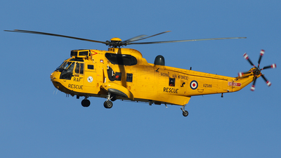 XZ586 - Westland Sea King HAR.3 - United Kingdom - Royal Air Force (RAF)