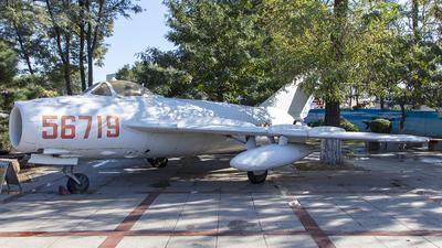 56719 - Shenyang J-5 - China - Air Force