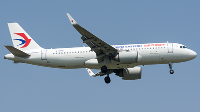 A picture of B304P - Airbus A320251N - China Eastern Airlines - © BobH