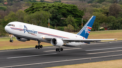A picture of N319CM - Boeing 767338(ER)(BDSF) - Amerijet International - © Cristian Quijano