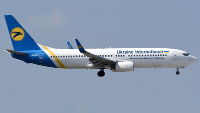 A picture of URPSO - Boeing 7378Q8 - Ukraine International Airlines - © Mehrad Watson - AirTeamImages