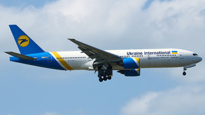 HL7596 - Boeing 777-28E(ER) - Ukraine International Airlines