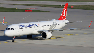 A picture of TCLSN - Airbus A321271NX - Turkish Airlines - © Justin Stöckel