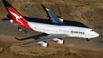 A picture of VHOEI - Boeing 747438(ER) - [32913] - © JC
