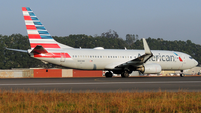 A picture of N881NN - Boeing 737823 - American Airlines - © Julio Letona