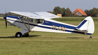 PH-GBA - Piper PA-18 Super Cub - Private