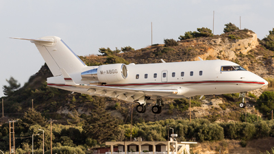 M-ABGG - Bombardier CL-600-2B16 Challenger 604 - Private