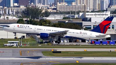 N683DA - Boeing 757-232 - Delta Air Lines