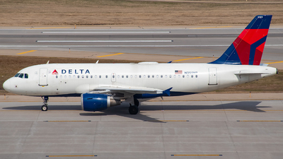 A picture of N359NB - Airbus A319114 - Delta Air Lines - © Twin Cities Spotter