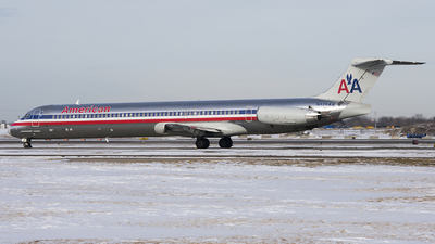 N426AA - McDonnell Douglas MD-82 - American Airlines