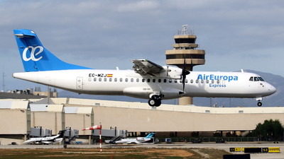 A picture of ECMZJ - ATR 72500 - Air Europa - © Javier Rodriguez - Amics de Son Sant Joan