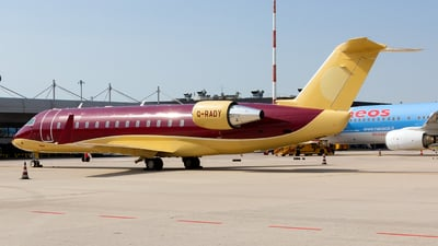 G-RADY - Bombardier CL-600-2B19 Challenger 850 - Private