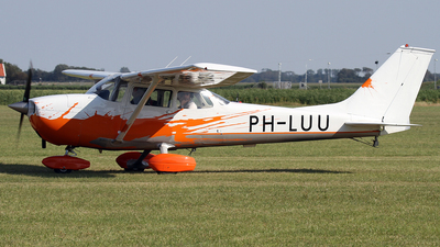 PH-LUU - Reims-Cessna F172L Skyhawk - CNE-Air