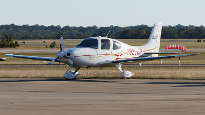 A picture of N929CP - Cirrus SR22 - [0856] - © Yixin Chen