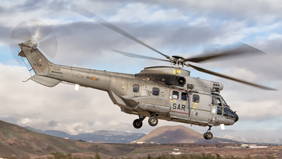 HD.21-16 - Airbus Helicopters H215 Super Puma - Spain - Air Force