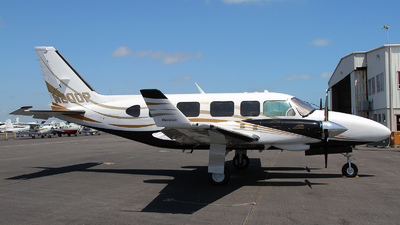 N200P - Piper PA-31-350 Chieftain - Private