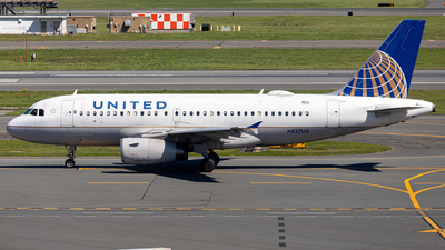 A picture of N827UA - Airbus A319131 - United Airlines - © OCFLT_OMGcat