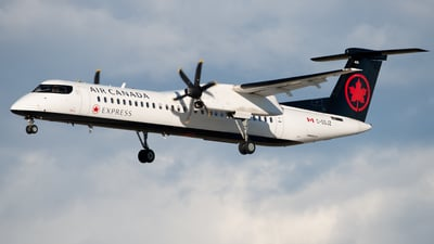 C-GSJZ - Bombardier Dash 8-Q402 - Air Canada Express (Jazz Aviation)