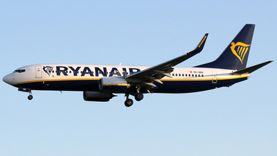 A picture of 9HQBQ - Boeing 7378AS - Ryanair - © Alessandro Berti - Tuscan Aviation