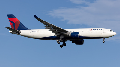 A picture of N859NW - Airbus A330223 - Delta Air Lines - © Cary Liao
