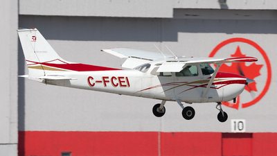 C-FCEI - Cessna 172M Skyhawk - Dorval Aviation