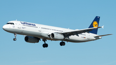 A picture of DAIRM - Airbus A321131 - Lufthansa - © Monica De Guidi