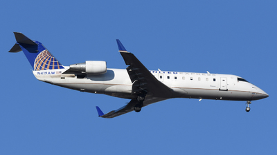 A picture of N419AW - Mitsubishi CRJ200LR - United Airlines - © DJ Reed - OPShots Photo Team