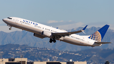 A picture of N67827 - Boeing 737924(ER) - United Airlines - © James Rowson