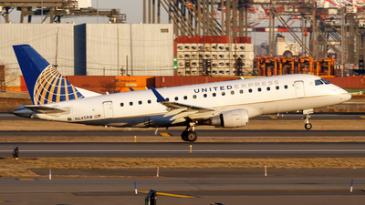 A picture of N645RW - Embraer E170SE - United Airlines - © Oliver Richter