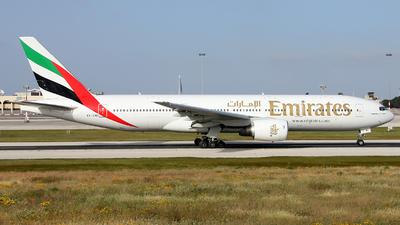 A6-EMI - Boeing 777-21H(ER) - Emirates
