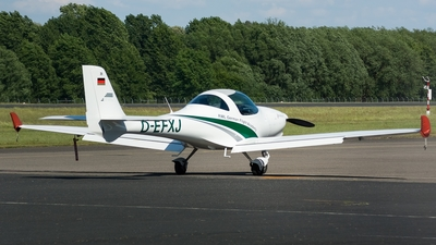 A picture of DEFXJ - Aquila A210 -  - © Marco Materlik