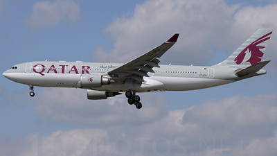 A7-ACM - Airbus A330-202 - Qatar Airways