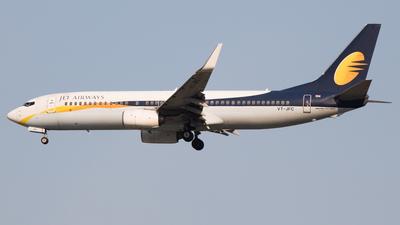 VT-JFC - Boeing 737-86N - Jet Airways