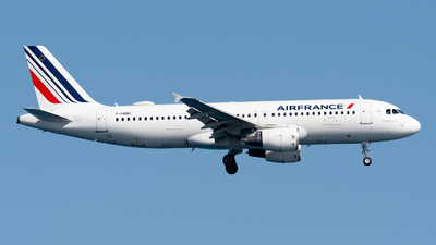 A picture of FHBNC - Airbus A320214 - Air France - © Medolago Manuel