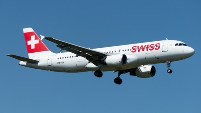 A picture of HBIJH - Airbus A320214 - Swiss - © Thierry Weber