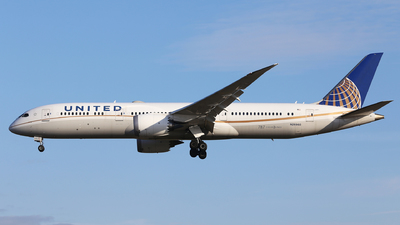 A picture of N26960 - Boeing 7879 Dreamliner - United Airlines - © Eric Boettcher