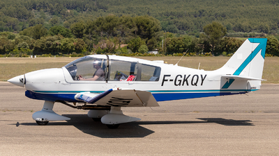 F-GKQY - Robin DR400/140B Dauphin - Private
