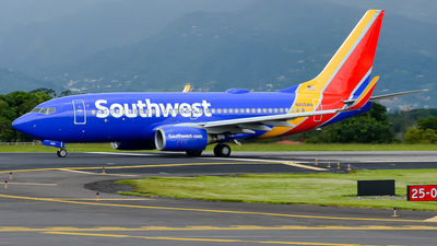 N405WN - Boeing 737-7H4 - Southwest Airlines