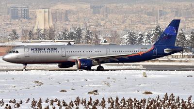 UR-CPM - Airbus A321-211 - Kish Air