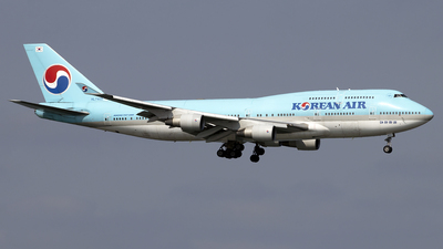 A picture of HL7402 - Boeing 7474B5 - Korean Air - © Paul Spijkers