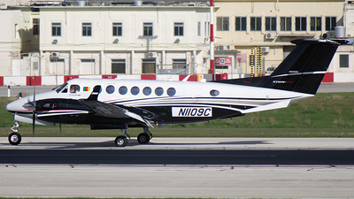 N1109C - Beechcraft B300 King Air 350i - Cameroon - Government