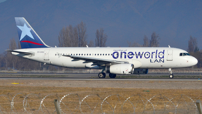 CC-COQ - Airbus A320-233 - LAN Airlines