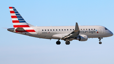 A picture of N415YX - Embraer E175LR - American Airlines - © Brian T Richards