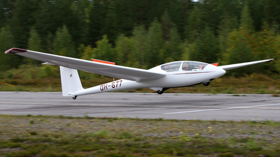 A picture of OH677 - Schleicher ASK21 - [21189] - © Jukka Hemilä
