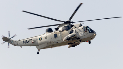 16 - Westland Sea King Mk.45 - Pakistan - Navy