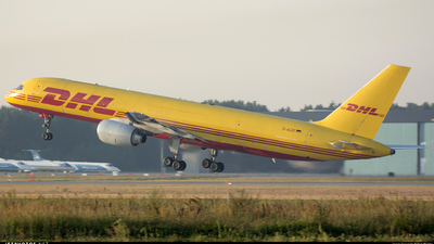 D-ALEF - Boeing 757-236(SF) - DHL (European Air Transport)