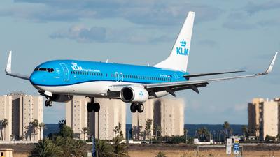 A picture of PHBXW - Boeing 7378K2 - KLM - © Fryderyk Kastelnik/ Fred Aviation