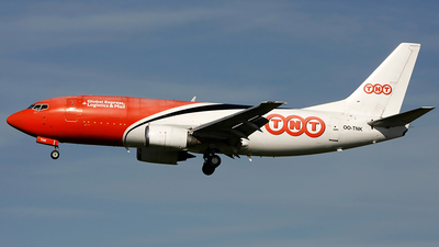 OO-TNK - Boeing 737-301(SF) - TNT Airways
